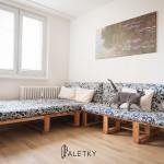 pohovka s futony i na spani_LOGO