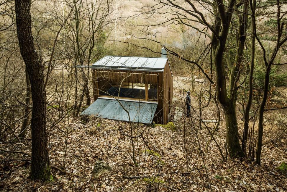 toms-hut-heike-schlauch-architecture-austria-cabin_dezeen_2364_col_2